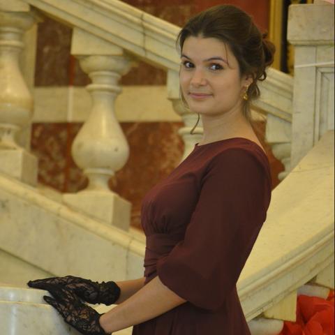 Алена Павлюченко