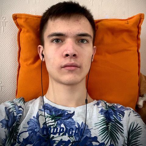 Денис Тумояков