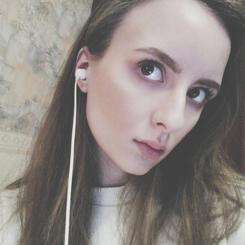 Анна Крекова
