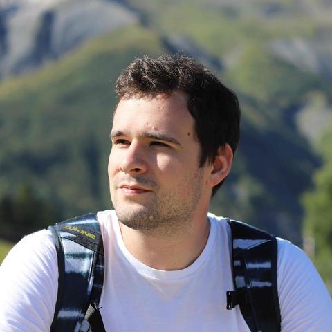 Антон Сулаев