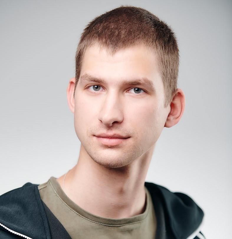 Михаил Белозёров